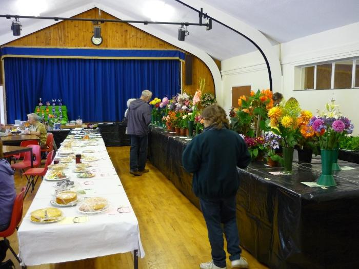alvaerdiscott parish hall flower show